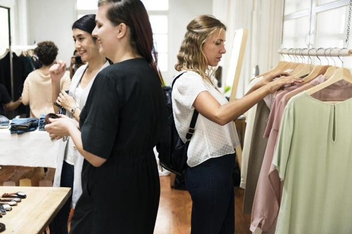 How Little Gwynnie Bee Can Improve Profits For The Entire Fashion Industry