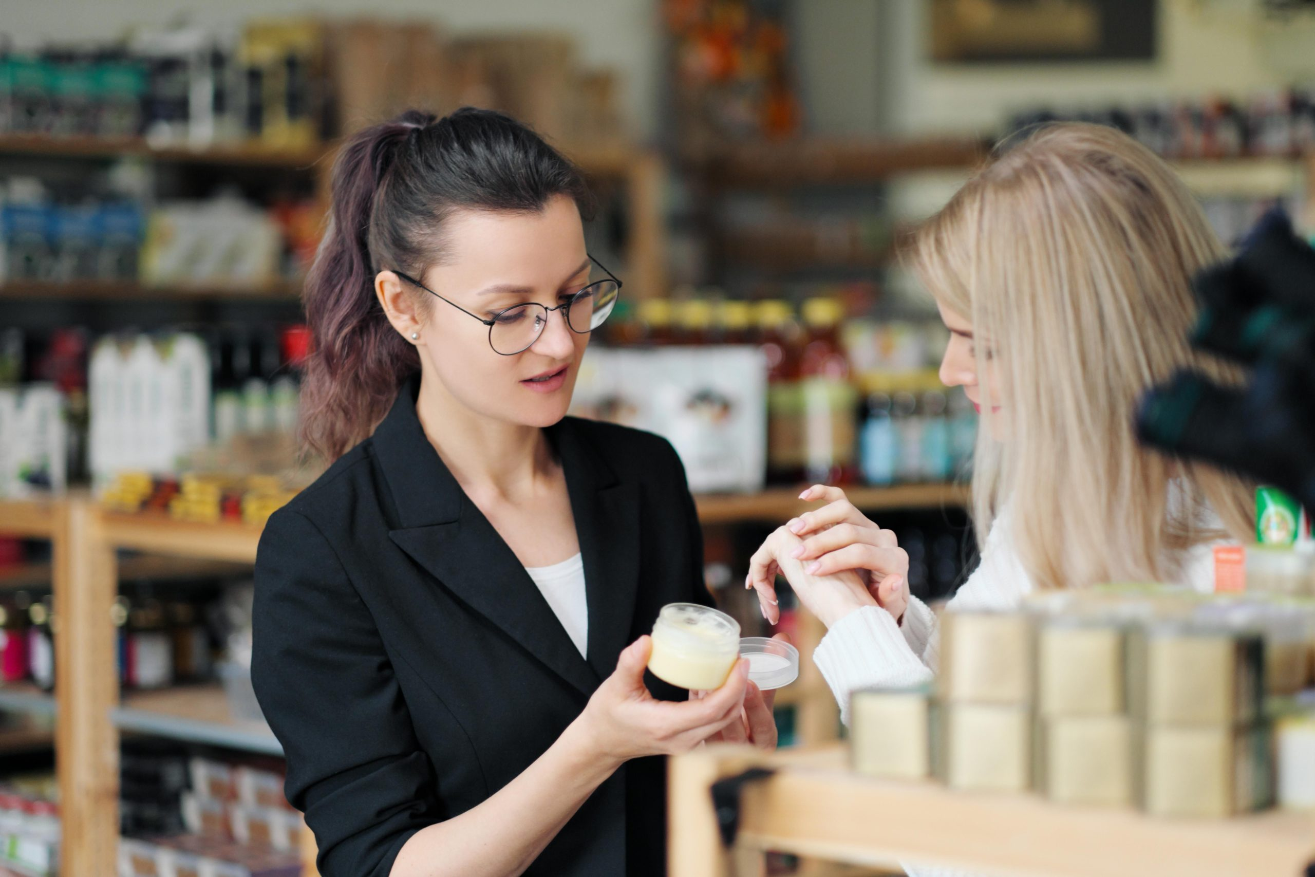 How Retail Stores Need To Change And Adapt In 2021 And Beyond